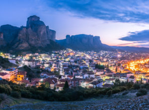 Private Golden Sunrise Meteora Photo Tour