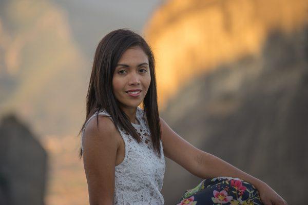 Portrait photo shooting in Meteora backdrop