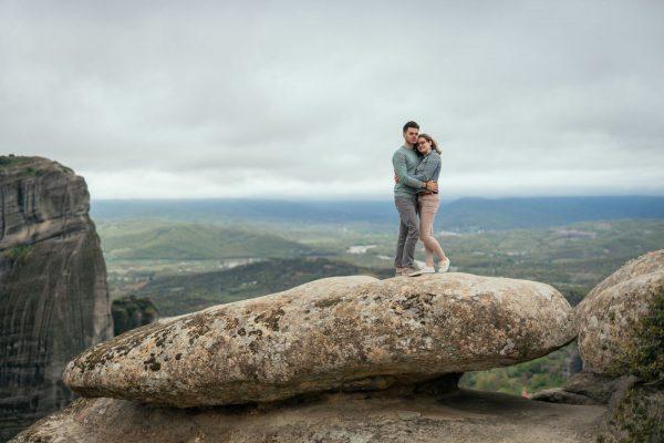 Couple photo shooting in Meteora backdrop